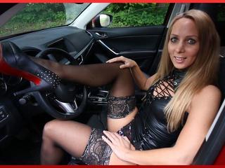 Anal-Sex, Gruppensex, Lack und Leder, Oralsex, Outdoor, Parkplatz-Sex, Pornographie, Rollenspiele, Schlucken, Live-Dates,