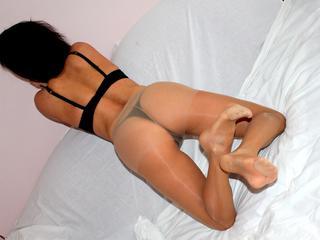 Anal-Sex, Dominant, Oralsex, Rollenspiele, Schlucken, Dominant, Humorvoll, Neugierig, Romantisch