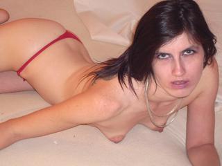 Anal-Sex, Exhibitionismus, Natursekt, Oralsex, Outdoor, Piercing, Sexspielzeug, Voyeurismus, Live-Dates, Ehrlich, Humorvoll, Tabulos, Weich, Treu