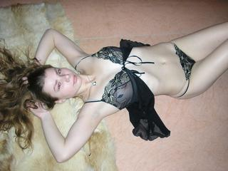 Anal-Sex, Devot, Fesselspiele, Fetisch, Natursekt, Oralsex, Sexspielzeug, SM-Sex, Spanking, Wachs-Spiele, Frech, Hart, Weich, Zickig, Devot