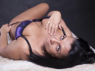 Anal-Sex, Dominant, Fesselspiele, Lack und Leder, Natursekt, Rollenspiele, Sexspielzeug, SM-Sex, Wachs-Spiele, Dominant, Hart, Sinnlich, Verspielt, Weich