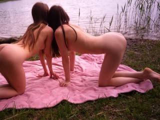 Dominant, Oralsex, Outdoor, Parkplatz-Sex, Pornographie, Sexspielzeug, Voyeurismus, Frech, Neugierig, Romantisch, Zuverlässig, Devot