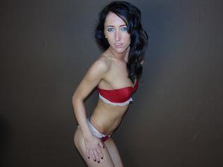 Anal-Sex, Devot, Oralsex, Rollenspiele, Schlucken, SM-Sex, Spanking, Voyeurismus, Dominant, Hart, Naiv, Romantisch, Devot