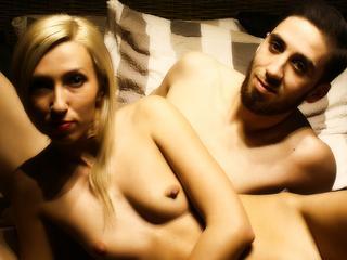 Anal-Sex, Exhibitionismus, Oralsex, Schlucken, Spanking, Swinger, Ehrlich, Neugierig, Sinnlich, Tabulos, Verspielt