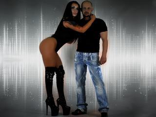 Anal-Sex, Devot, Gruppensex, Oralsex, Orgien, Pornographie, Rollenspiele, Sexspielzeug, Spanking, Voyeurismus, Dominant, Frech, Hart, Sinnlich, Devot
