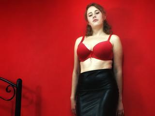Anal-Sex, Devot, Exhibitionismus, Fesselspiele, Oralsex, Orgien, Schlucken,